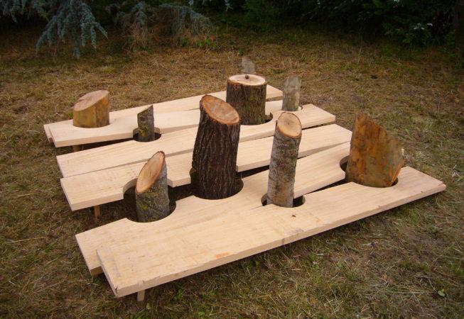 Tronchi e tavole di legno